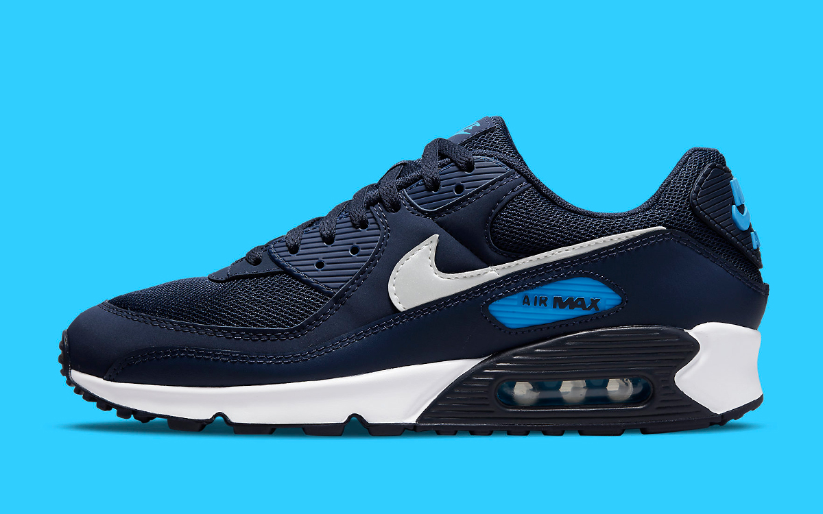Nike Give This Navy Air Max 90 a Tar Heels Twist | HOUSE OF HEAT