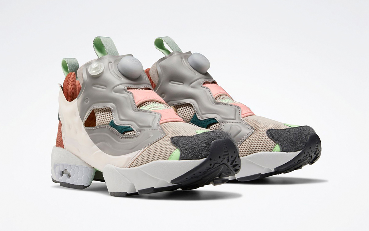 """Reebok Instapump Fury """"Women's Day"""" Expecting Early March Release"""