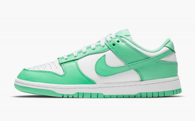 "Nike Dunk Low ""Green Glow"" Now Releases April 27th"