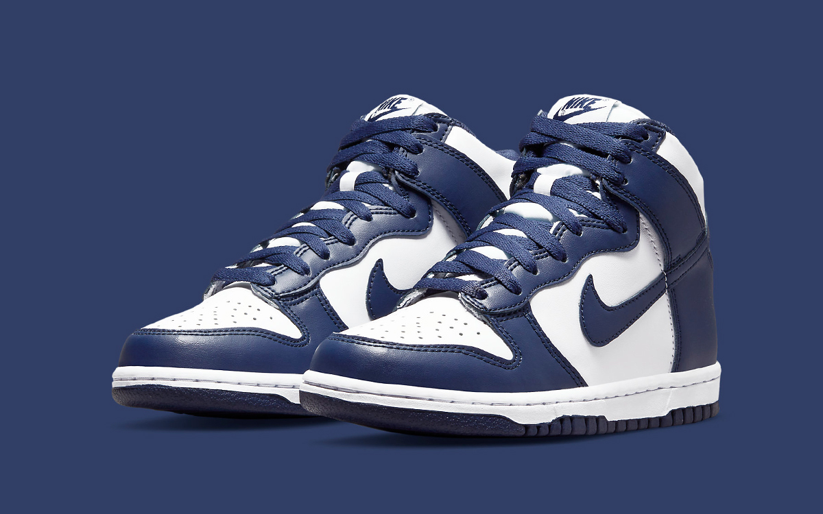 New Nike Dunk High Surfaces in White and Navy