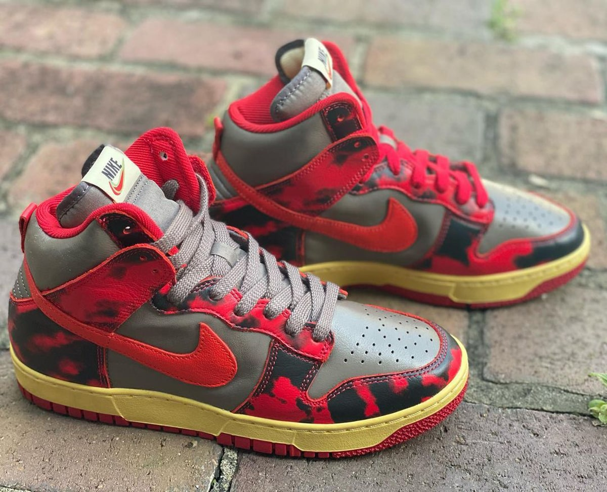 """Detailed Looks // Nike Dunk High """"Red Camo"""""""